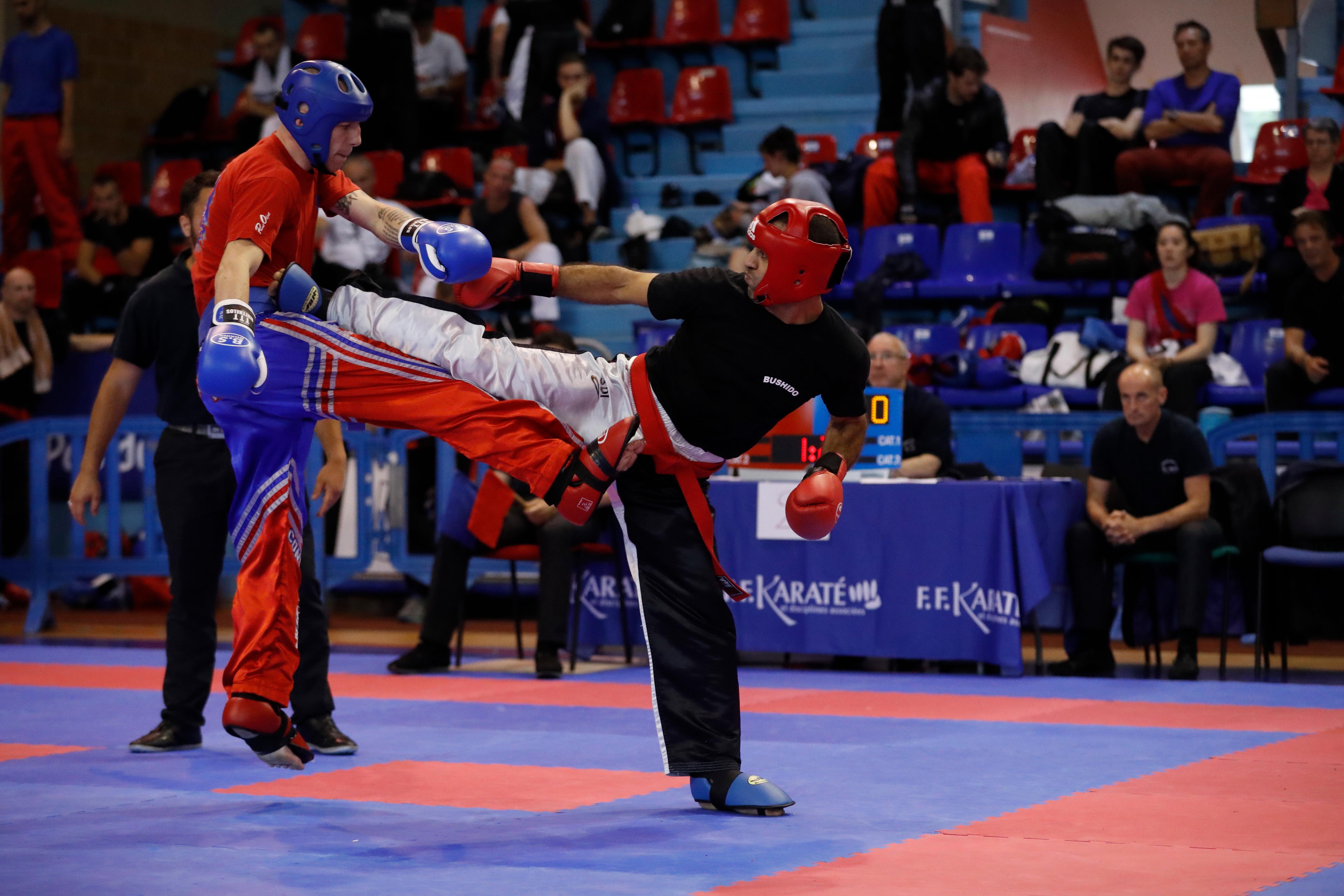 Sport de combat 69400