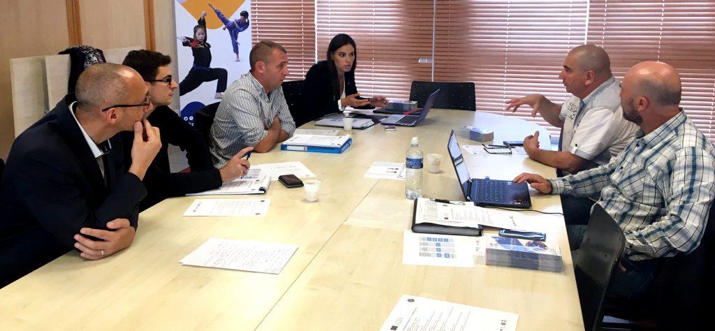 Vendredi 15 septembre, les acteurs du projet se sont réunis au siège de la FFK, afin d'aborder les derniers réglages avant la mise en place de l'expérimentation. © DR / FFK
