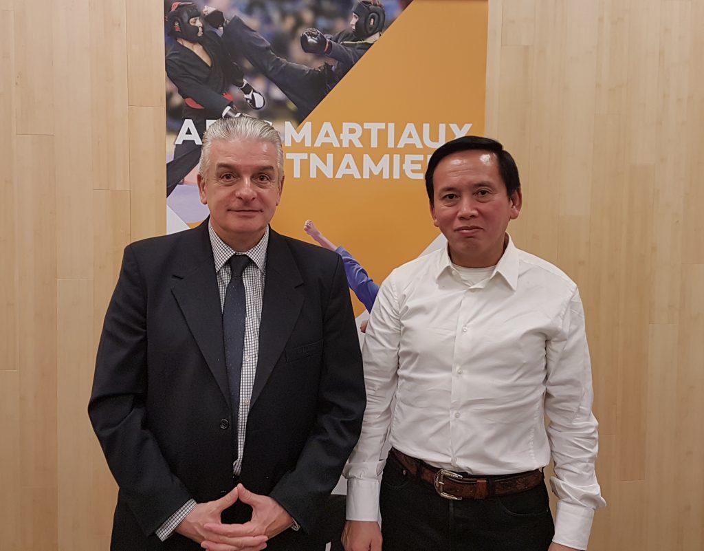 MM. Jacques Charprenet et Do Vinh Sen, présents lors du dîner qui suivait la réunion © DR